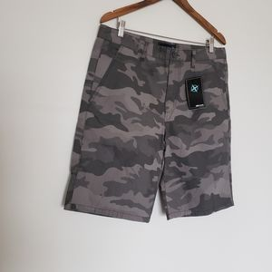 NWT men's 100% cotton shorts size 33 cameo